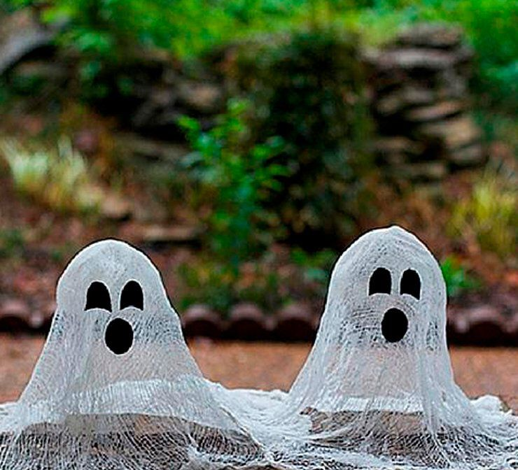 Cheesecloth ghosts craft project
